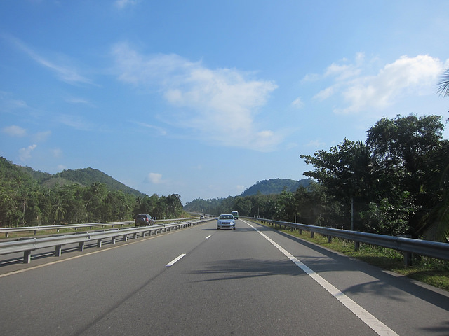 E01 Expressway, Sri Lanka